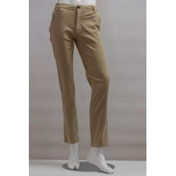 Pantaloni estivi colore beige